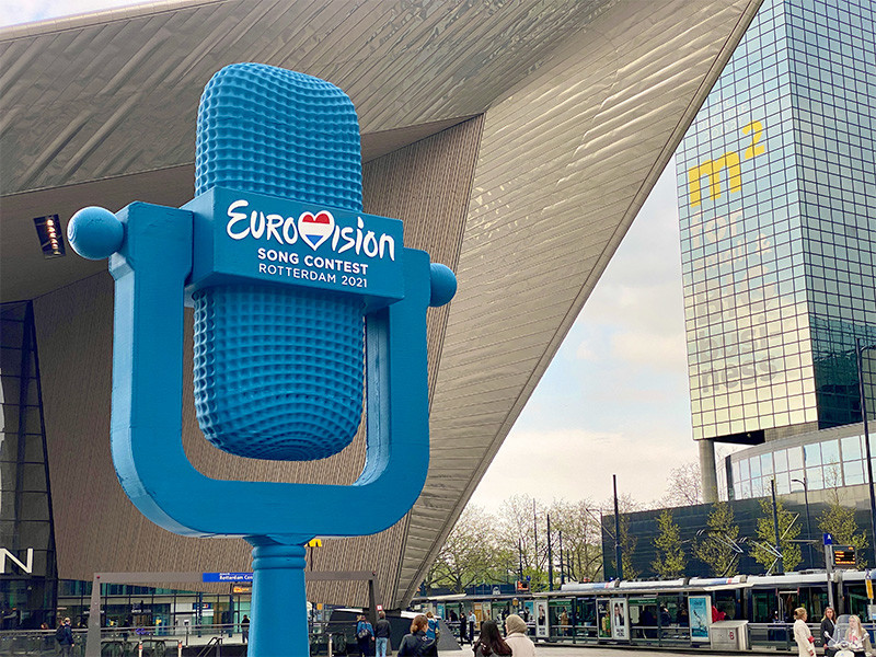 """""""Евровидение"""" в этом году проходило с 18-22 мая в Роттердаме. Нидерланды получили право приводить конкурс после победы своего исполнителя Дункана Лоуренса на """"Евровидении"""" в 2019 году"""