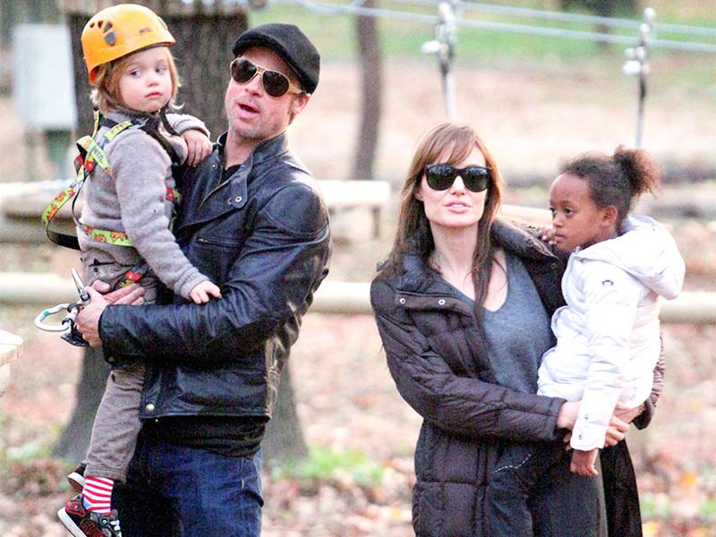 Голливудский актер Брэд Питт смог через суд добиться от своей бывшей супруги Анджелины Джоли совместной опеки над детьми