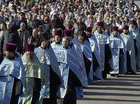 Жители Новосибирска собирают подписи против религиозных шествий в центре города