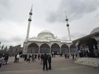 Прихожане мечети в Дагестане, протестовавшие против смены имама, устроили потасовку друг с другом
