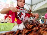 """Активистка из Малайзии устроила в Рамадан """"социальную провокацию"""""""