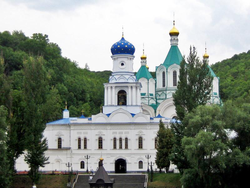 Православные Украины отправятся в многодневный крестный ход за мир в стране