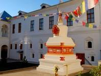Российские буддисты попросили Путина содействовать сохранению их святыни в центре Москвы