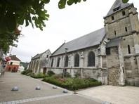 Земля возле храма в Нормандии, где убили священника, была отдана мусульманам под мечеть