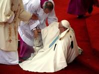 Понтифик в Ясногурском монастыре упал в обморок, но быстро пришел в себя и обратился к верующим со словом