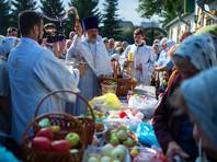 Православные христиане празднуют Преображение Господне, в народе - Яблочный Спас