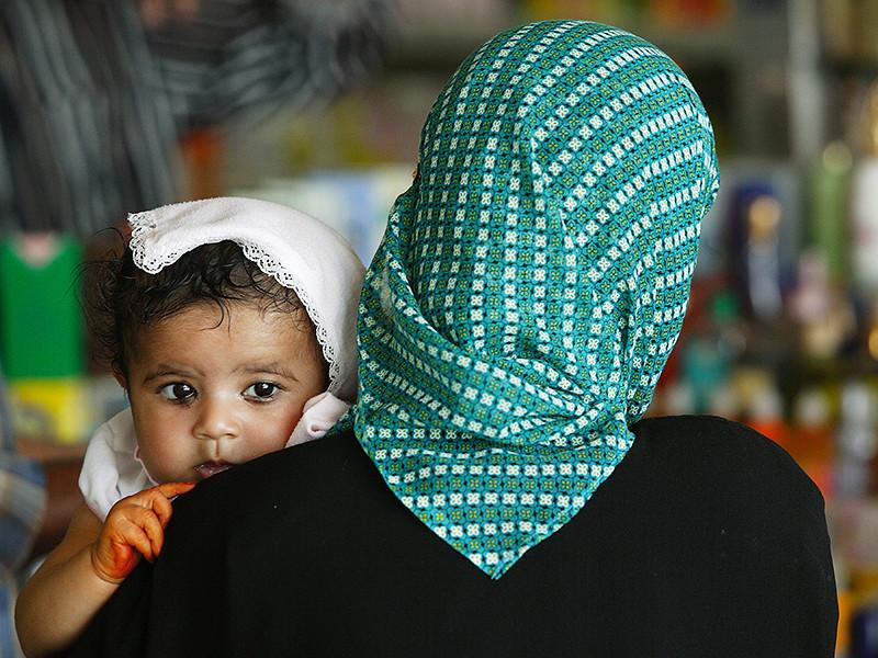 Во Франции родители не пустили мусульманок в хиджабах в детский сад