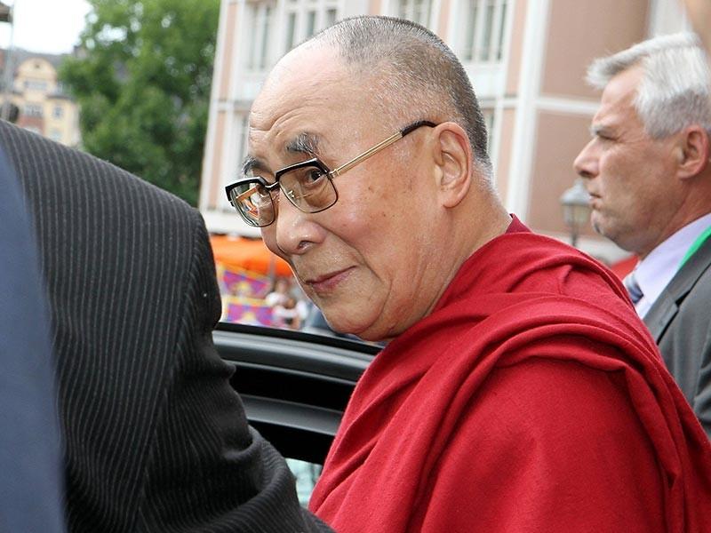 """После визита Далай-ламы в Страсбург Китай пригрозил Евросоюзу """"ответными мерами"""""""