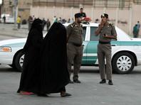 В Саудовской Аравии полиция арестовала женщину за фото в Twitter без абайи