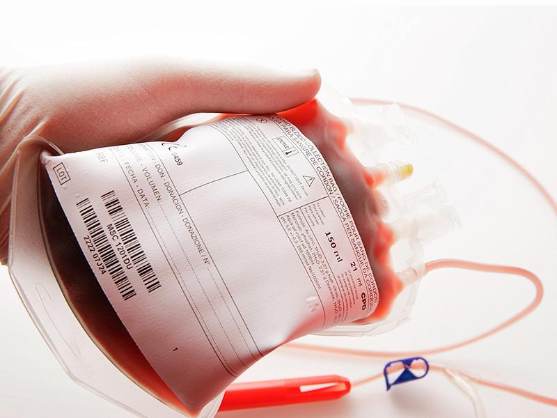 В больнице города Иваново отец девочки запретил делать ей переливание крови. Ребенка удалось спасти благодаря вмешательству суда