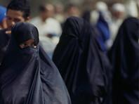 В Марокко запретили производить и продавать женские бурки