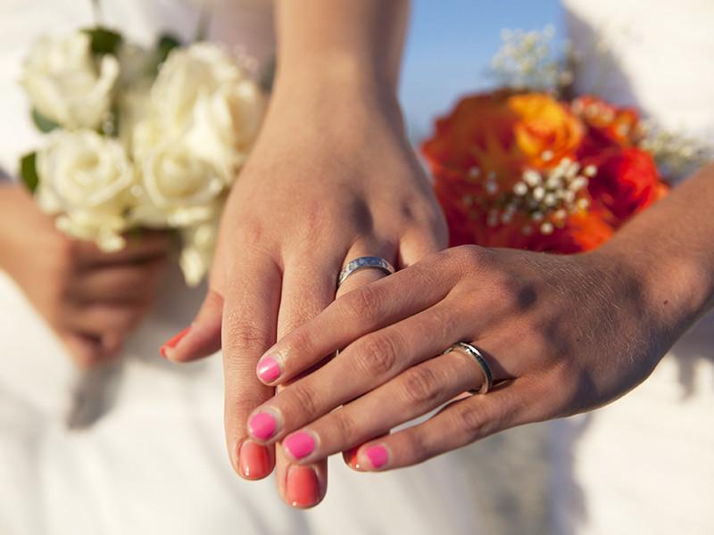 Епископы подчеркивают, что позиция Евангелическо-лютеранской церкви однозначна: церковь будет венчать в качестве супругов только мужчину и женщину