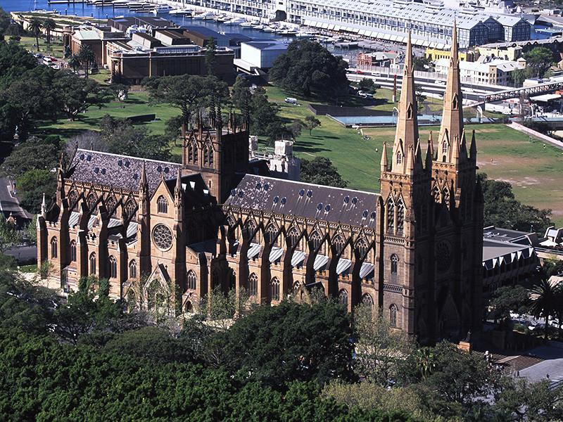 В Австралии 7% католических священников участвовали в совращении детей, показало расследование