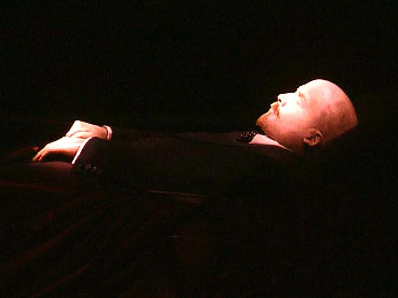 РПЦ выступила за захоронение тела Ленина