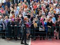 МЧС развернуло полевые кухни для стоящих в очереди к мощам Николая Чудотворца в Москве
