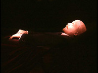 РПЦЗ призвала убрать с Красной площади тело Ленина, с которым