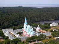 Как и год назад, Путин приехал на Валаам в день памяти основателей Спасо-Преображенского Валаамского монастыря преподобных Сергия и Германа