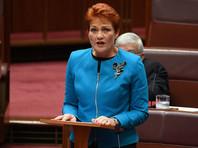 Ультраправый австралийский политик в знак протеста явилась в сенат в бурке (ФОТО)