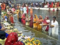 В Индии завершились празднования Чхат Пуджи - поклонения восходящему Солнцу
