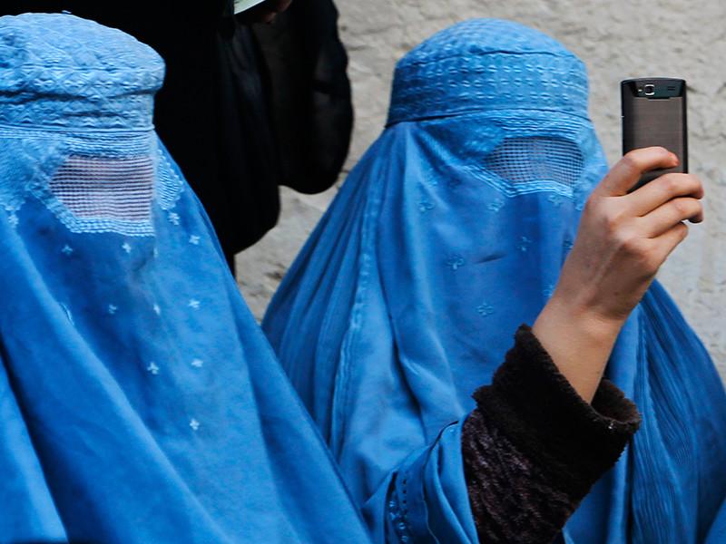 Индийская исламская семинария Дар-уль-Улюм Деобанд выпустила фетву, оговаривающую правила поведения мусульманок в социальных сетях