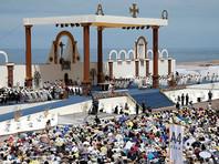 Приключения Папы в Чили: венчание в воздухе, инцидент с лошадью и неоднозначное заявление насчет домогательств
