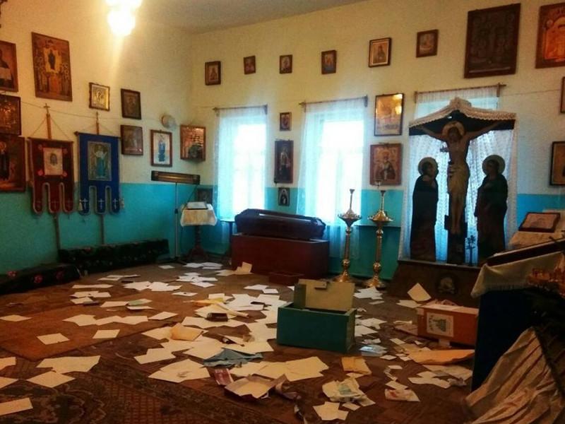 В центре Одессы накануне, 9 января, неизвестные радикалы осквернили храмы Украинской православной церкви (УПЦ)