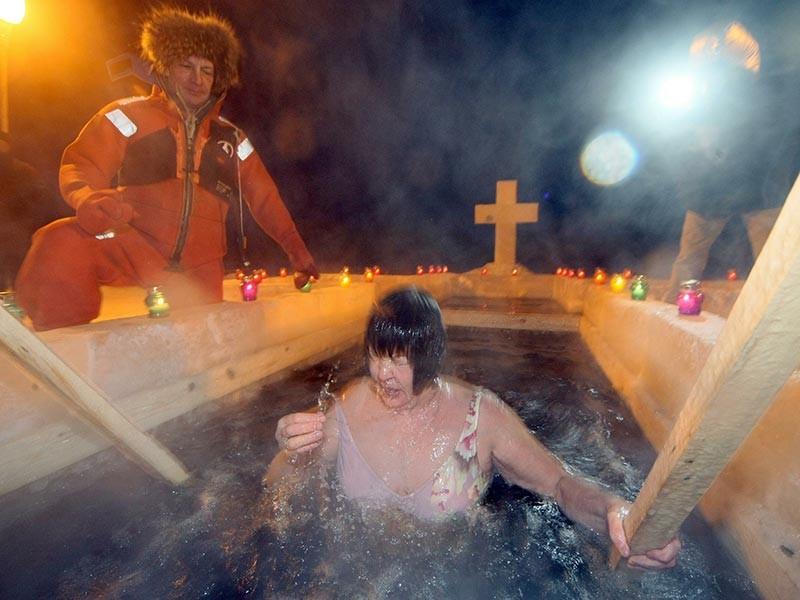Управление МЧС России по республике Татарстан разместило на своем сайте сообщение о мерах безопасности при купании в праздник Крещения Господня