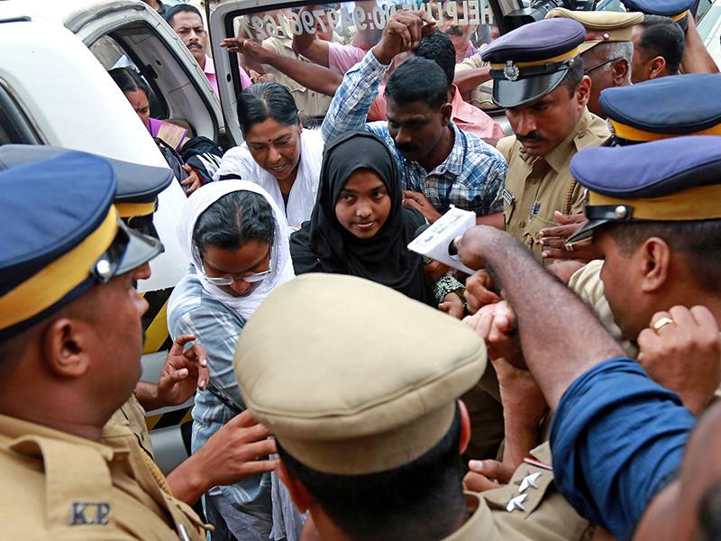 Верховный суд Индии восстановил межконфессиональный брак между мусульманином и женщиной, сменившей вероисповедание ради своего возлюбленного