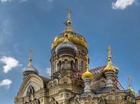 Подростки ночью  забрались на купол Успенской церкви в Петербурге