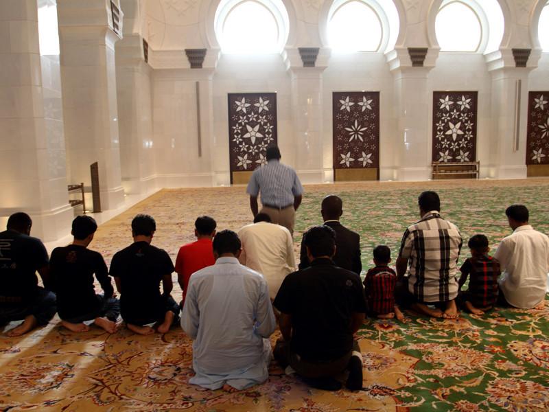 В ОАЭ принят новый закон о правилах поведения в мечетях