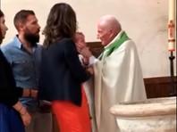 Во Франции решил закончить служение священник, ударивший ребенка во время крещения (ВИДЕО)