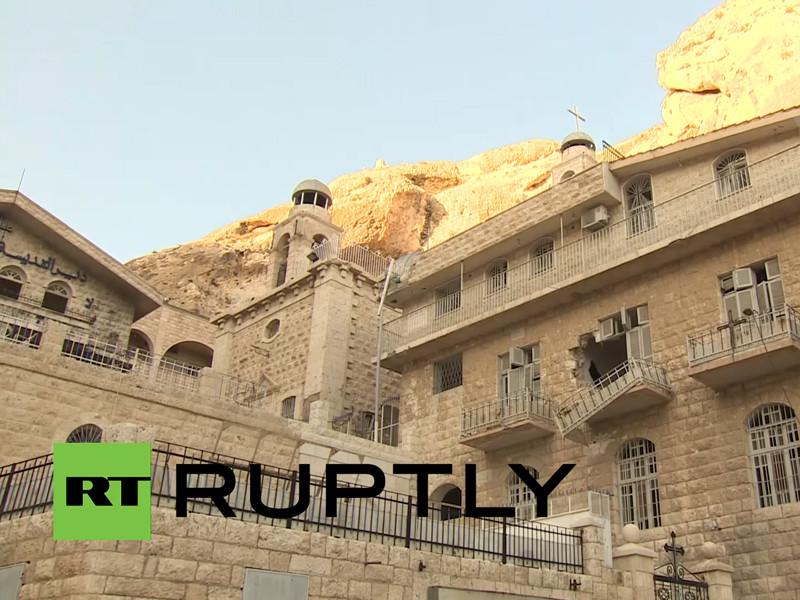 Ранее сообщалось, что христианский монастырь святой Феклы в Маалюле в сирийской провинции Дамаск, разграбленный боевиками, возобновил работу после освобождения этой территории