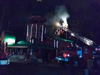 Ночью 4 октября в Храме святых Царственных Страстотерпцев на Ганиной Яме произошел пожар. На момент возникновения возгорания людей в храме не было, никто не пострадал