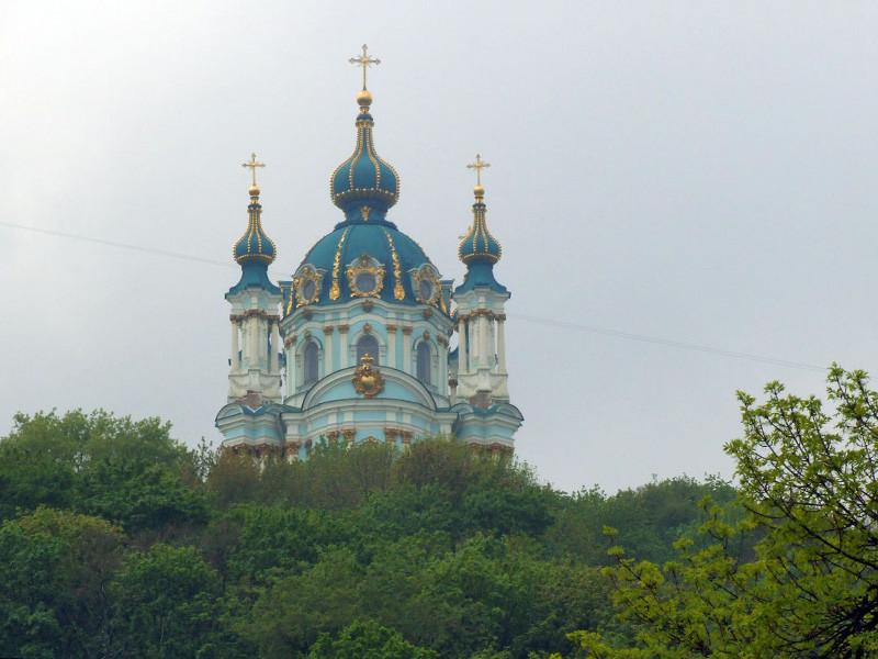 Проведение так называемого Объединительного собора, на котором должны объявить о создании единой Украинской православной церкви, независимой от Московского патриархата, и выбрать ее предстоятеля, перенесли на 9-10 декабря. Ранее его намечали на 22 ноября
