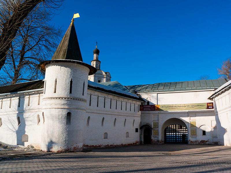 Патриарх Кирилл попросил передать РПЦ территорию столичного Спасо-Андроникова монастыря