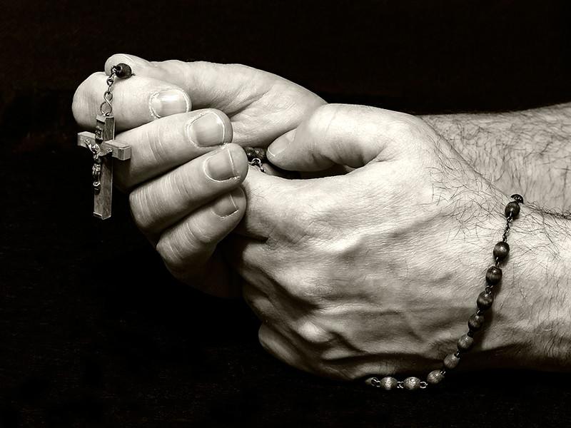 Христиан назвали самой гонимой категорией верующих, местами притеснение граничит с геноцидом