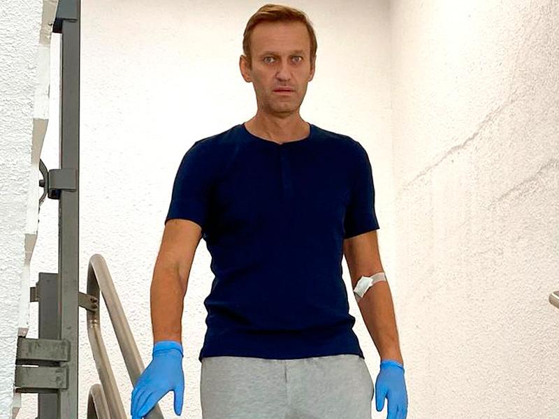 """Алексей Навальный в берлинской клинике """"Шарите"""""""