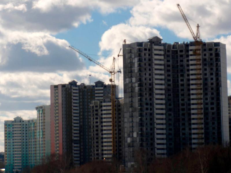 Девелоперы прогнозируют двукратное падение продаж жилья по итогам года