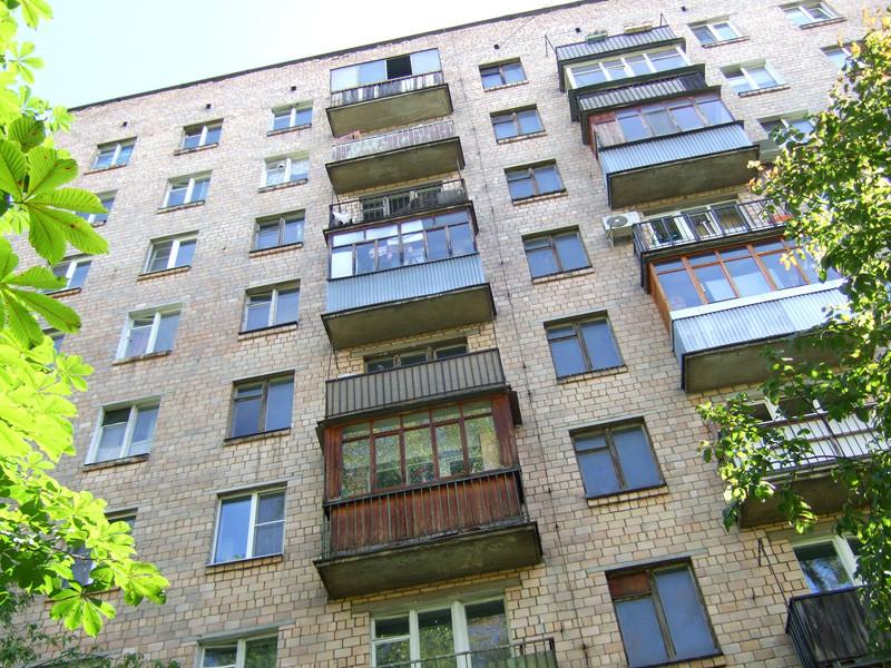 Средняя стоимость вторичной жилой недвижимости в российских городах-миллионниках в июне составила 77,2 тыс. рублей за квадратный метр, сократившись на 1,3% по сравнению с маем. К такому выводу пришли аналитики компании ЦИАН
