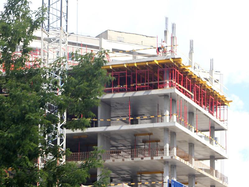 1 августа в России вступит в силу подписанное ранее главой правительства Михаилом Мишустиным постановление, которое переводит 30% обязательных требований к безопасности зданий, предусмотренных в ГОСТах и СНиПах, в разряд рекомендаций