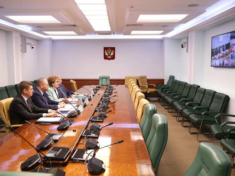 Заседание Совета по вопросам жилищного строительства и содействия развитию жилищно-коммунального комплекса при СФ