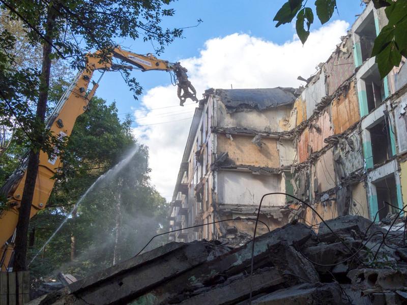 Госдума на заседании 17 ноября приняла в первом чтении нашумевший законопроект о комплексном развитии застроенных территорий и сносе аварийного жилья (о реновации в регионах)