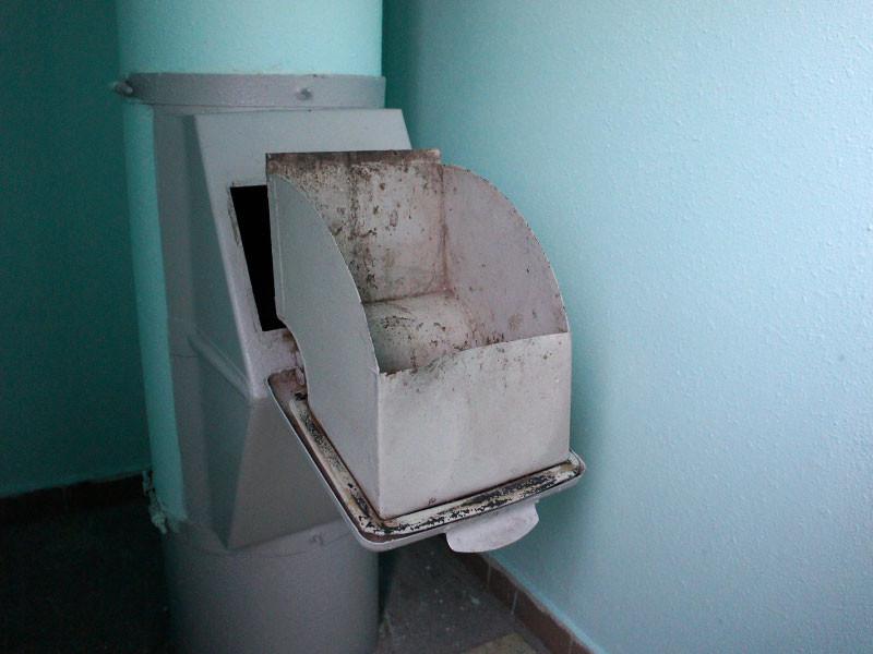 Сергей Иванов поддержал ликвидацию мусопроводов в жилых домах