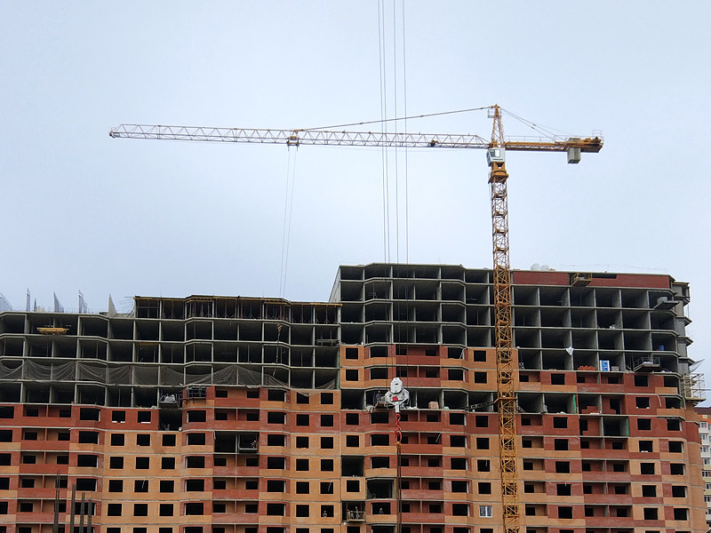 """В """"Дом.РФ"""" указали на дефицит доступных квартир в близких к завершению новостройках"""