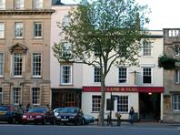 В Оксфорде закрывается паб, который посещал Толкин. Заведение с 450-летней историей пережило чуму, но не коронавирус