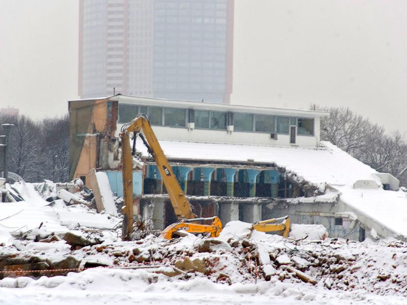 """В Москве за последние десять лет уничтожили 220 ценных архитектурных объектов XIV-ХХ веков, подсчитало градозащитное движение """"Архнадзор"""""""