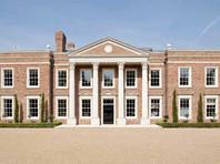 """""""Таинственным миллиардером"""", купившим роскошный особняк в Великобритании, оказалась тезка жены бизнесмена и экс-сенатора Глеба Фетисова"""
