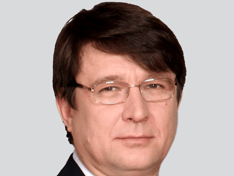 Петр Лазарев