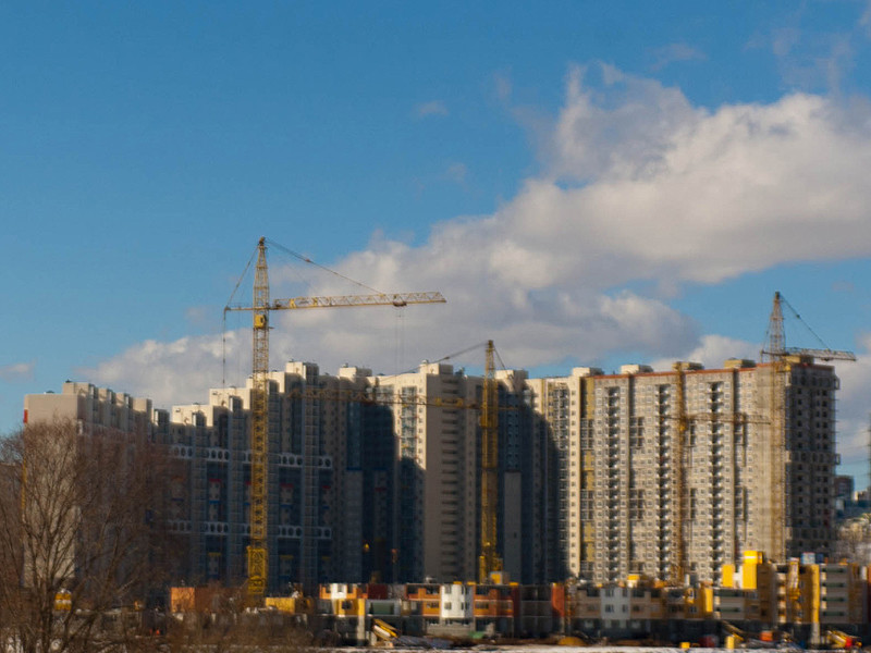 За три месяца 2021 года новостройки в России подорожали почти на 5%