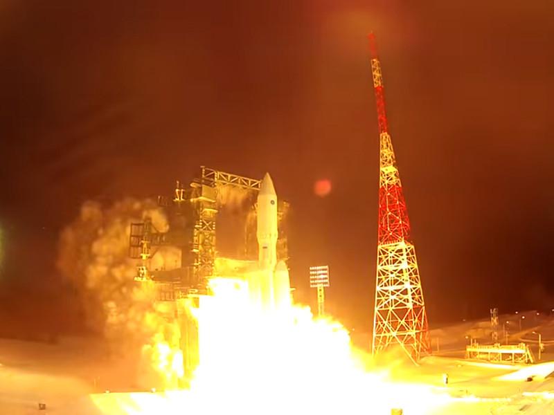 """Пуск ракеты-носителя тяжелого класса """"Ангара-А5"""", декабрь 2014 года"""